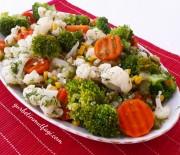 Karnabaharlı Brokoli Salatası Tarifi-Diyet Salata Tarifi-Gurbetinmutfagi
