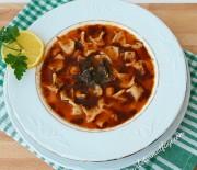 Yüksük Çorbası Tarifi-5 Dakikada Yüksük Çorbası Nasıl Yapılır? Gurbetinmutfagi-Yemek Tarifleri