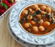 Köfteli Ispanak Çorbası Tarifı(Anayemek Çorba Tarifi)